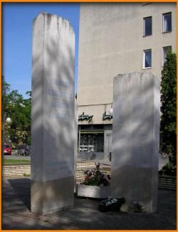 Bene Miklós: A II. világháború szoboszlói áldozatainak emlékére